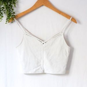 ✨3 for 20   White Cropped X Cross V-Neck Tank Top